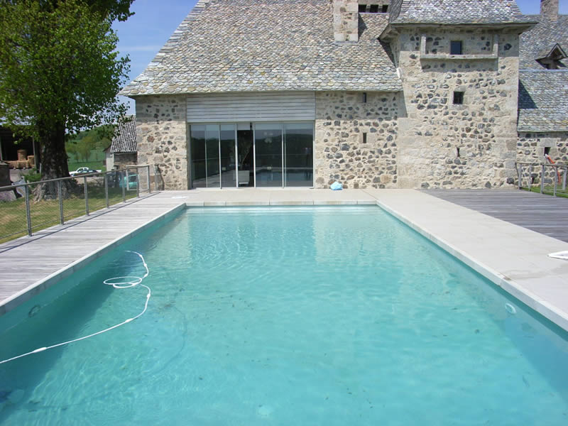 Aveyron piscines construit votre piscine couloir de nage - Photo piscine liner gris ...