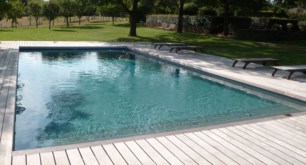 Aveyron piscines rodez construction r novation et for Construction de piscine 30